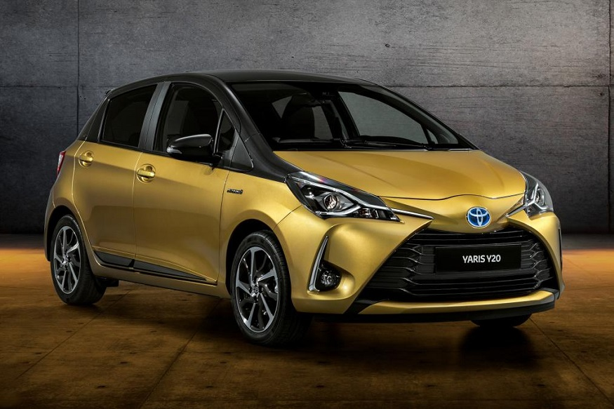 Toyota Celebrates 20 Years of Yaris with Gold-Painted Special Edition 8