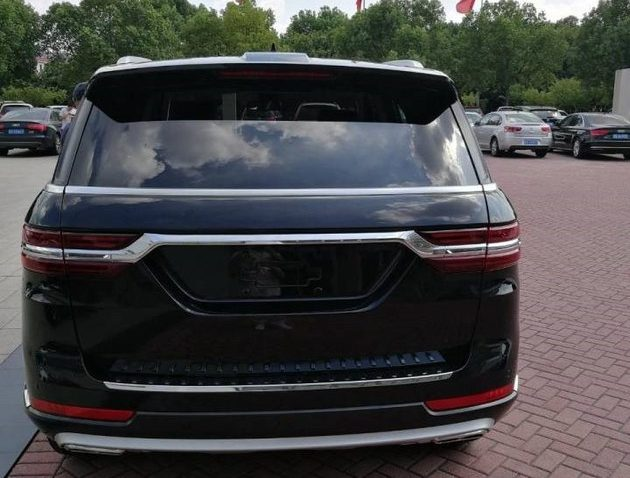 Zotye Copies the Range Rover Sport 7
