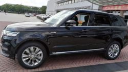 Zotye Copies the Range Rover Sport 11