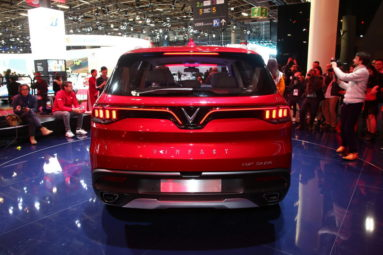 VinFast Unveils Vietnam's First Cars at Paris Motor Show 12