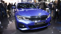 2019 BMW 3 Series Debuts at Paris Motor Show 2