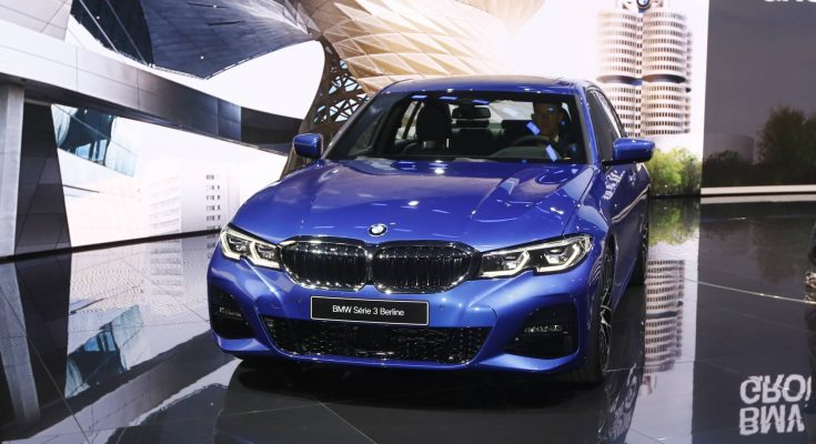 2019 BMW 3 Series Debuts at Paris Motor Show 12