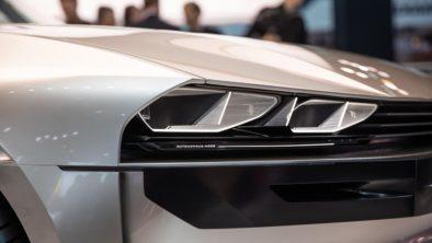 Retro-Styled Peugeot E-Legend Debuts at Paris Motor Show 17