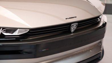 Retro-Styled Peugeot E-Legend Debuts at Paris Motor Show 8