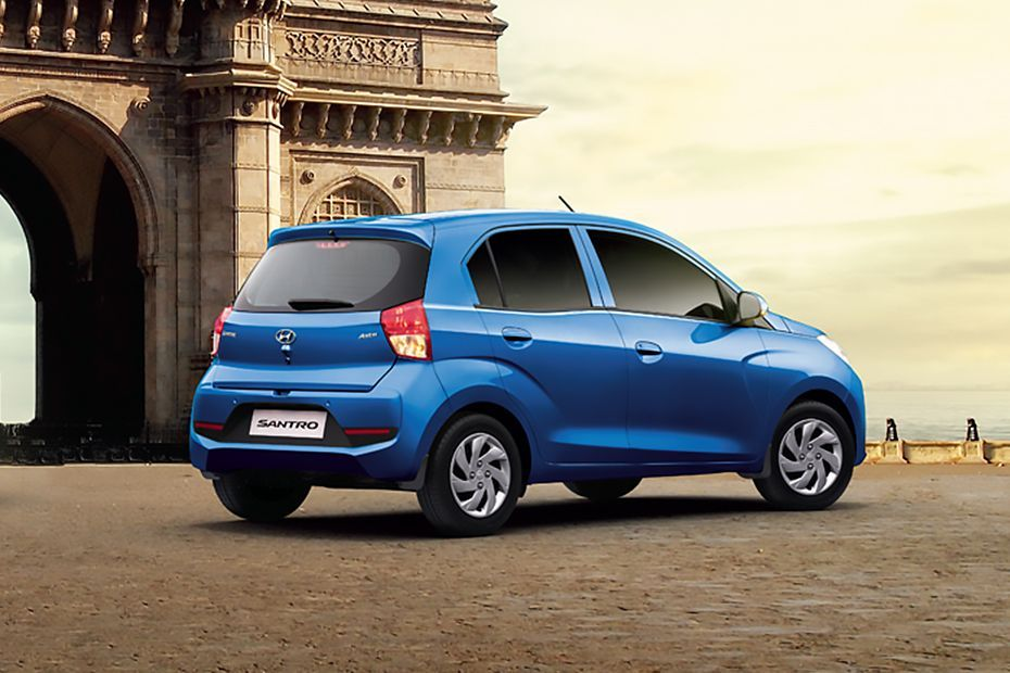 Hyundai to Halt Santro Bookings Due to Surprising Response 7