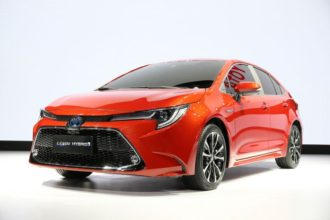 12th Gen Toyota Corolla in Pakistan: What to Expect? 21