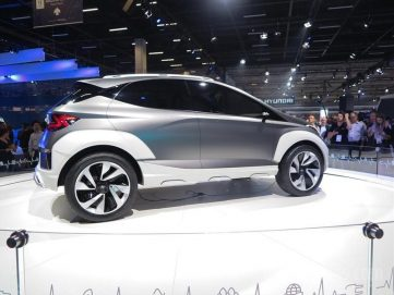 Hyundai Showcases New Saga EV Crossover Concept 8