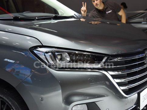 Hanteng Unveils the V7 MPV at 2018 Guangzhou Auto Show 8