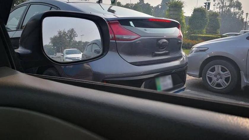 Hyundai Ioniq Spotted in Lahore 5