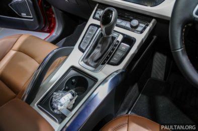 Mahathir Mohammad Gifts Proton X70 SUV to Imran Khan 9