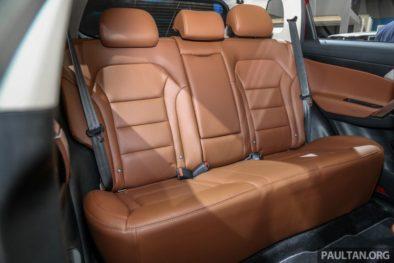 Mahathir Mohammad Gifts Proton X70 SUV to Imran Khan 6
