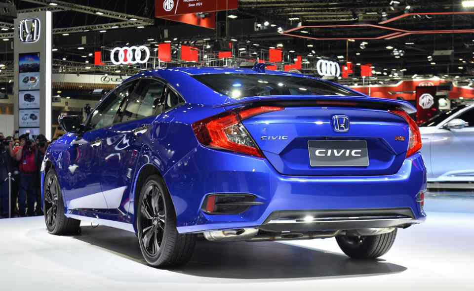 2019 Honda Civic Facelift Launched In Thailand Carspiritpk