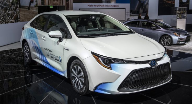 Toyota Corolla Hybrid Debuts at 2018 Los Angeles Motor Show 1