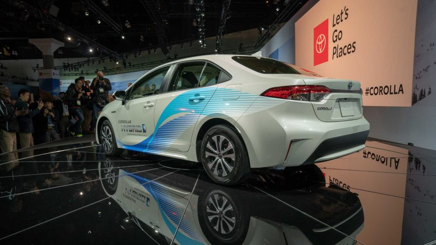 12th Gen Corolla Gets Exceptional EPA Fuel Economy Figures 4