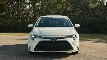 Toyota Corolla Hybrid Debuts at 2018 Los Angeles Motor Show 14