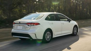 Toyota Corolla Hybrid Debuts at 2018 Los Angeles Motor Show 20