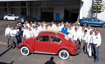 Volkswagen Restores 1966 Beetle for Its Original Owner Free of Cost 12