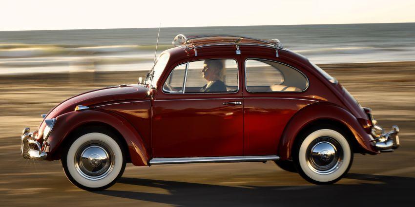 Volkswagen Restores 1966 Beetle for Its Original Owner Free of Cost 29