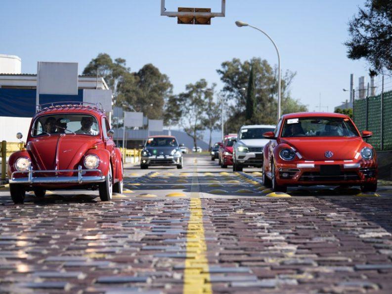 Volkswagen Restores 1966 Beetle for Its Original Owner Free of Cost 20