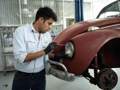 Volkswagen Restores 1966 Beetle for Its Original Owner Free of Cost 12