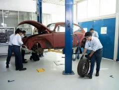 Volkswagen Restores 1966 Beetle for Its Original Owner Free of Cost 18