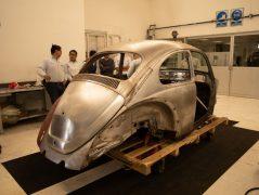 Volkswagen Restores 1966 Beetle for Its Original Owner Free of Cost 16