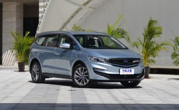 Geely Unveils Its First MPV- JiaJi in China 1