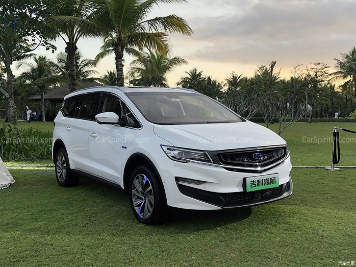 Geely Unveils Its First MPV- JiaJi in China 64