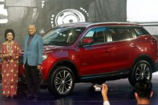 Proton's First SUV- the X70 Launched in Malaysia 15