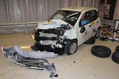 Fiat Panda Gets Zero Star NCAP Crash Test Rating 4
