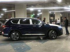 Hyundai Nishat Showcasing the Sante Fe 8