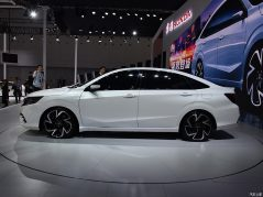 Honda Envix- Bigger than Civic, Smaller than City 7