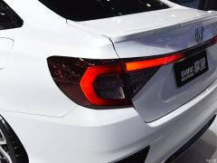 Honda Envix- Bigger than Civic, Smaller than City 6