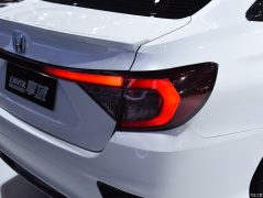 Honda Envix- Bigger than Civic, Smaller than City 8