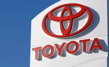Toyota Recalls 1.7 million Vehicles in North America to Fix Airbags 7
