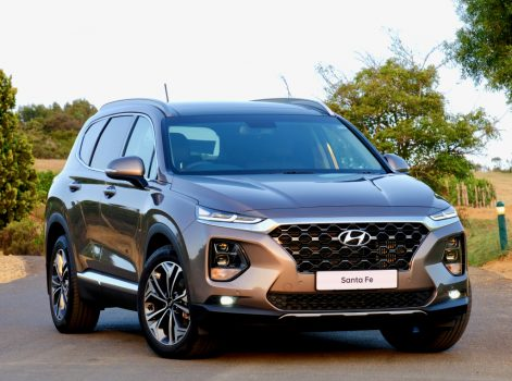 Hyundai Nishat Showcasing the Sante Fe 10