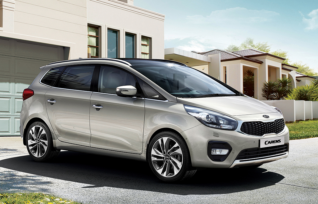 Should Kia Introduce Carens MPV in Pakistan? 8