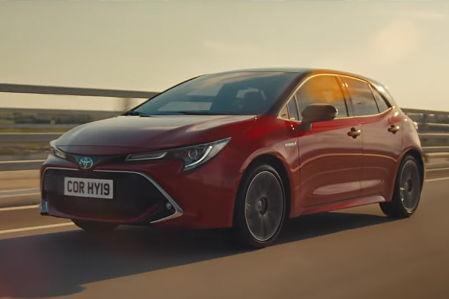 Corolla Hybrid Ad Ignites EV Lovers in US 2