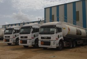 FAW Delivers OGRA Compliant Trucks to Shell and PSO 5