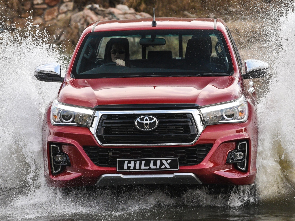 Should Toyota Introduce Hilux Revo Facelift in Pakistan? 3