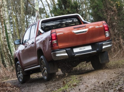 Should Toyota Introduce Hilux Revo Facelift in Pakistan? 11