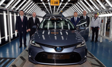 How Will the Next Generation Toyota Corolla for Pakistan Look Like? 12