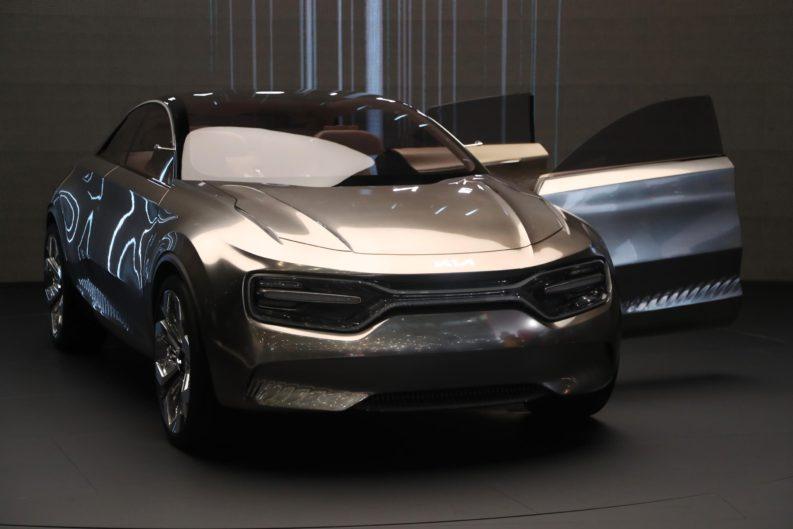 Kia Unveils Imagine Concept at Geneva 4
