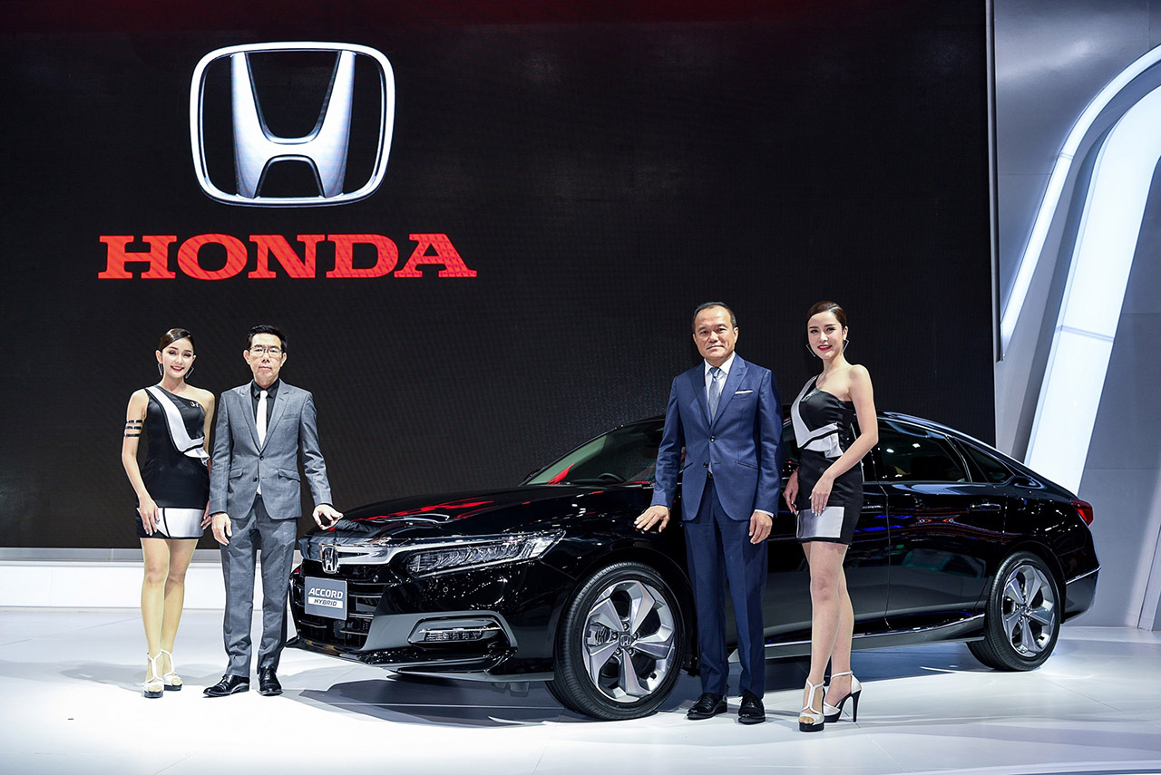 10th Gen Honda Accord Showcased at 2019 BIMS 5