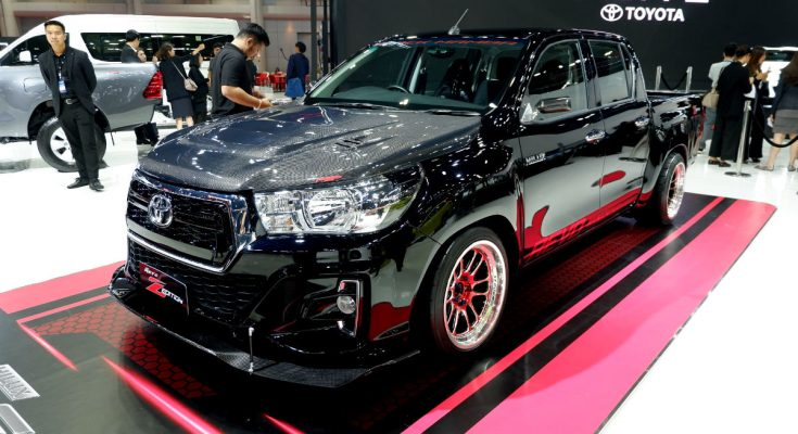 Toyota Hilux Revo Z Edition Black Mamba at 2019 BIMS 1