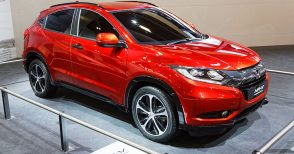 Hyundai Santa Fe for PKR 18.5 Million- What Else Can You Buy? 11