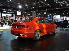Kia Reveals K3 and K3 Plug-in Hybrid at 2019 Auto Shanghai 7