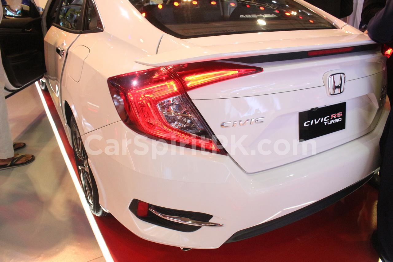 Honda and Toyota at PAPS 2019 2