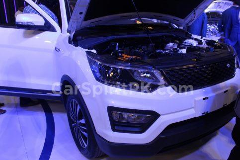 Changan Displays the CX70 SUV and A800 MPV at PAPS 2019 5