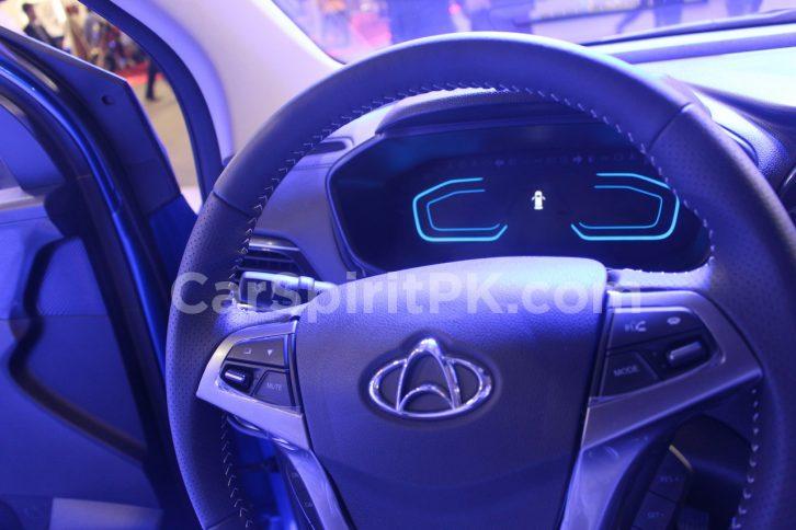 Changan Displays the CX70 SUV and A800 MPV at PAPS 2019 23